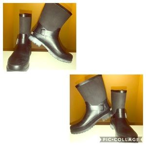 👢Ralph Lauren Women Black Rubber Pull On Boots 7B